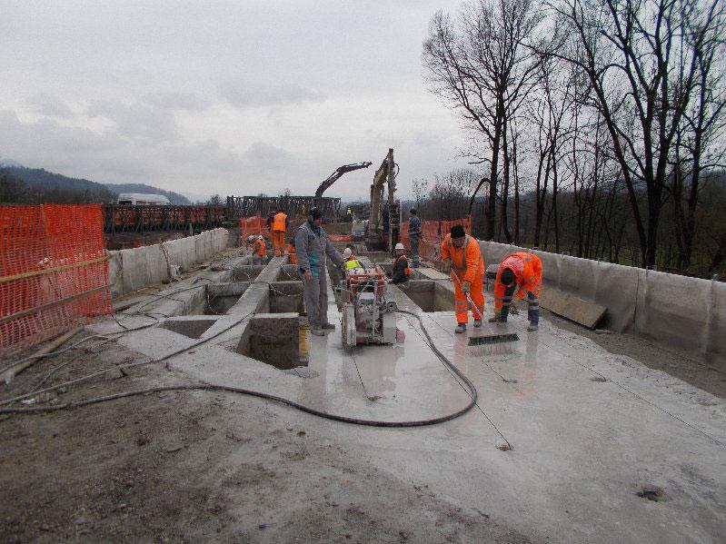 rezanje betona s talno žago